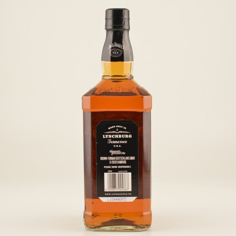 Tennessee whiskey bourbon jack daniels 15 steps with