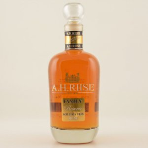 A.H. Riise Family Reserve Solera 1838 25 Jahre Rum 42% 0,7l