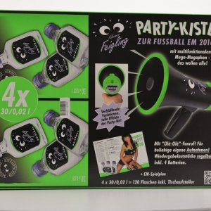 Kleiner Feigling Big Party Box (120x0,02l) & Megafon