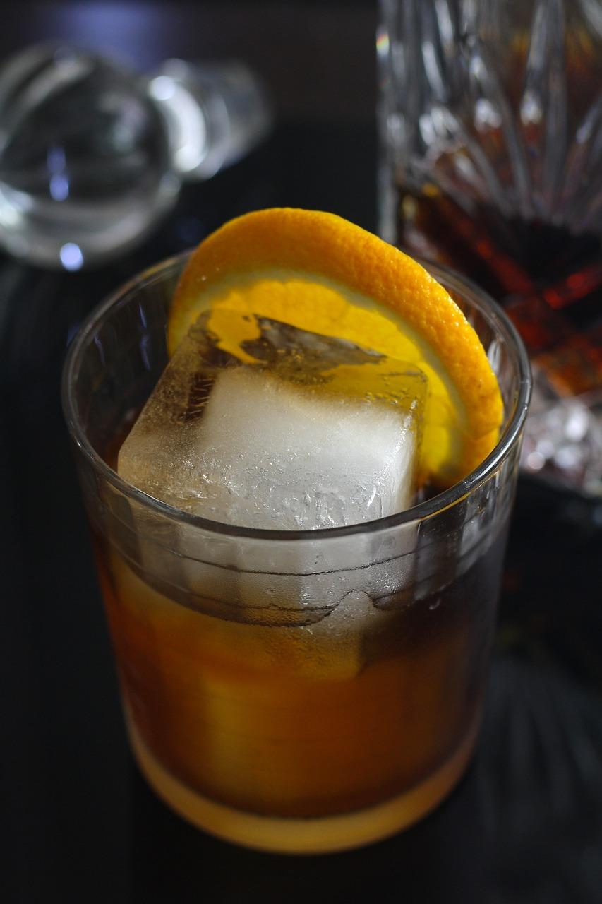 whiskey sour rezept rezepte zum cocktail mixen. Black Bedroom Furniture Sets. Home Design Ideas